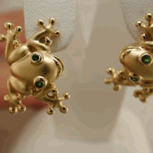 Tree Frog Earrings With Tsavorite : LG by Steven Douglas